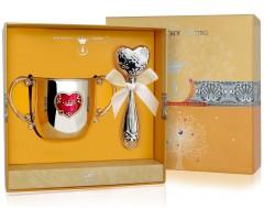Набор детского серебра с поильником   «Сердце»КД  и погремушкой